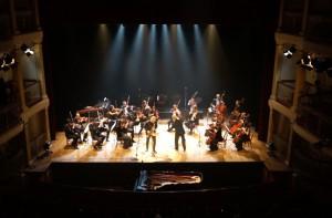 Roger Hanschel & Orquestra De Camata Theatro Sao Pedro 2